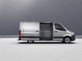 Sprinter Panel Van, sliding door on the right
